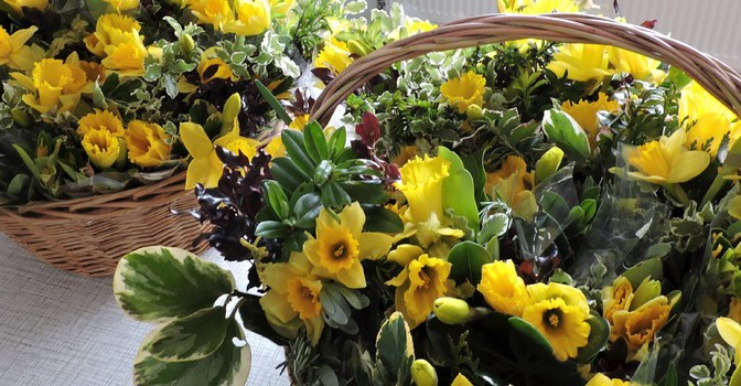 Mothering Sunday 6th March 10am